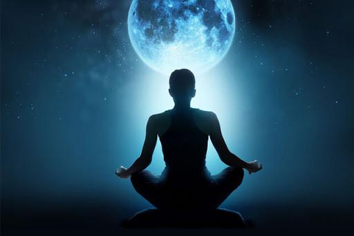 meditation-moon